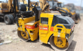 Roller Dynampac CC 102 For Rent